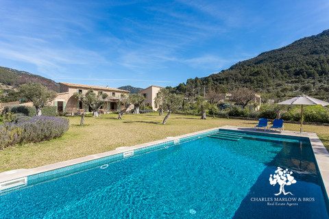 Beautifully restored finca with gardens and pool