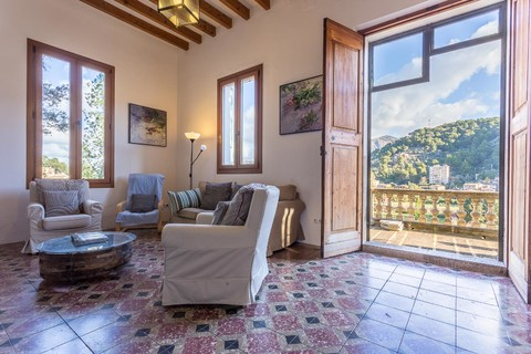 Characterful and spacious finca in Port Soller