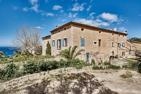 Majestic Manor with Spectacular Views in Deia